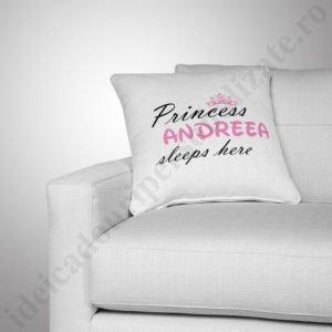 perna princess, perna fete, perna cu nume, perna personalizata, perne copii